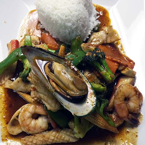 Stirfried Basil Sauce with Seafood